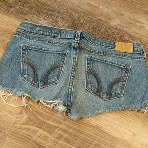 Cutoff Hollister Jean Shorts